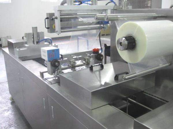 Оборудование для вакуум-термоформования